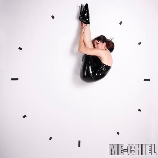 http://www.me-chiel.com/modelmayhem/Clock_512x512.jpg